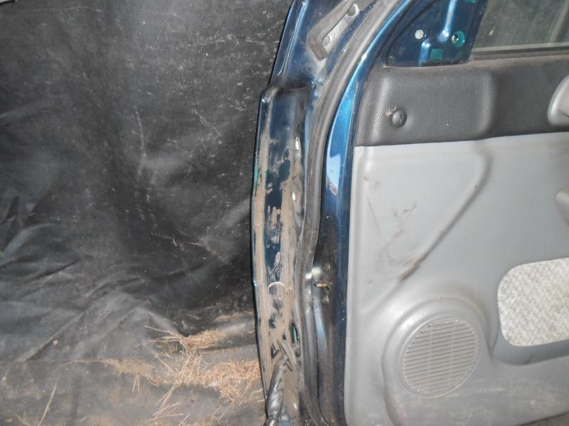 Дверь передняя правая  MUSSO контрактная. Авторазбор DAEWOO